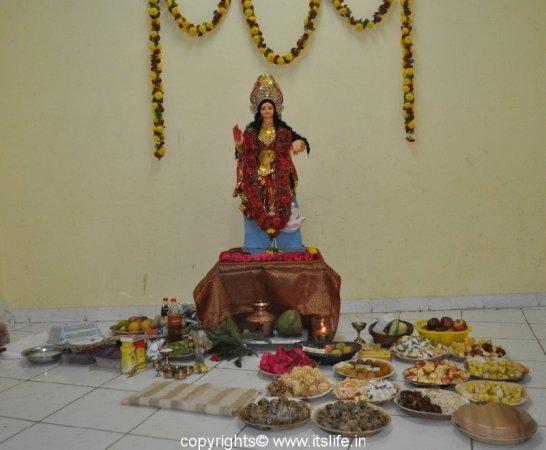 festivals-kojagari-lakshmi-puja