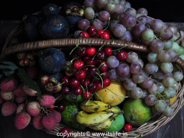 diy-fruit-arrangement-summer-fruits-5