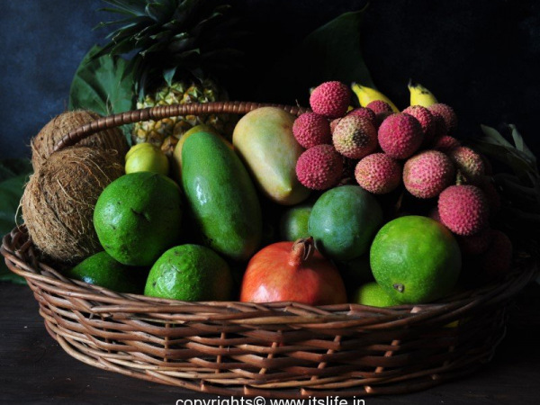 diy-fruit-arrangement-with-coconut-2