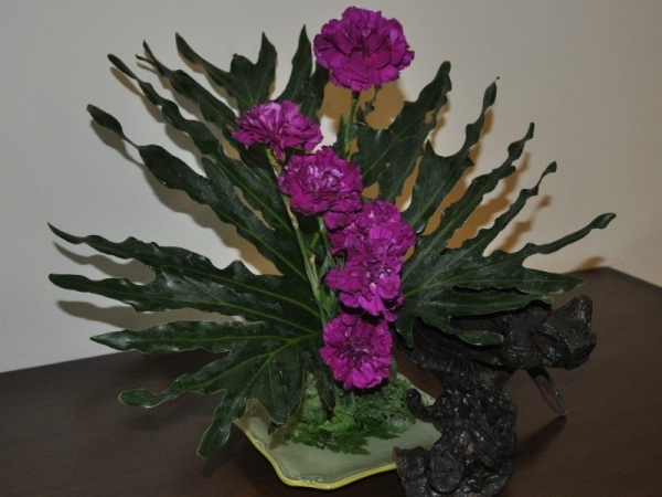 Flower Arrangement Carnations