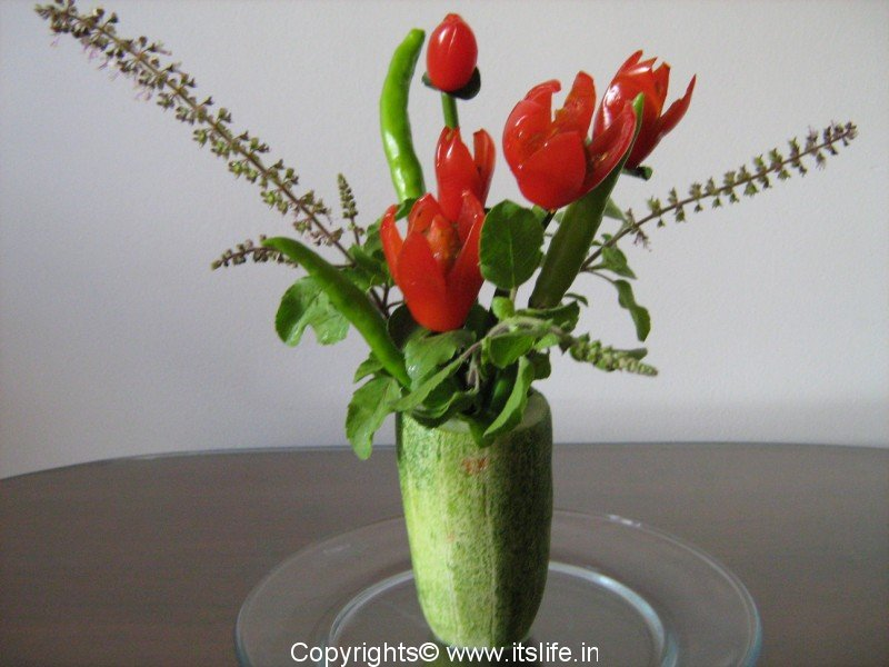 Vegetable Carving With Tomato Picture5
