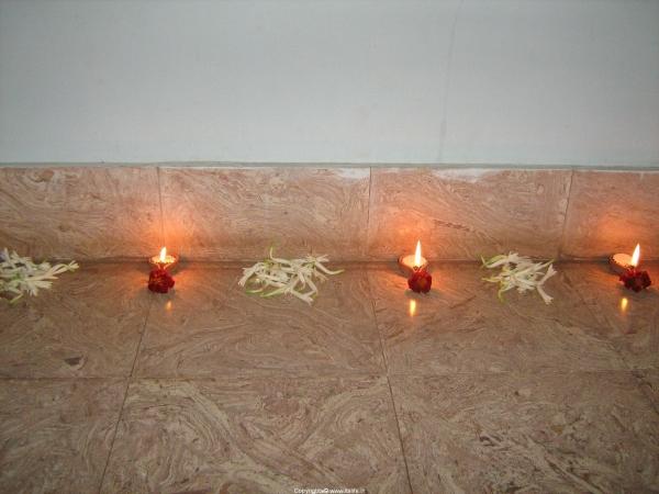 do-it-yourself-lamp-arrangement1.jpg