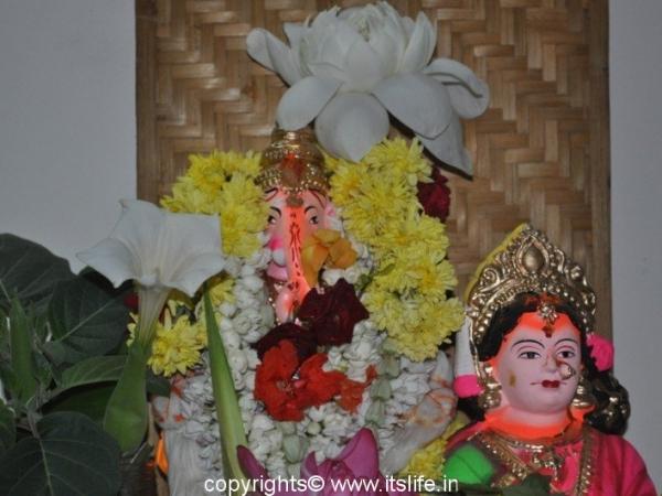 21 Pushpa Pooja