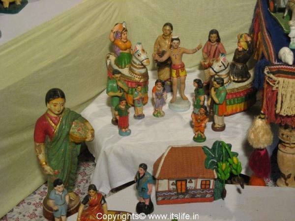 Dasara Gombe - Village Scene