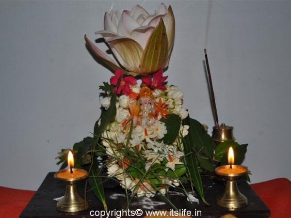 Kumuda Pushpam