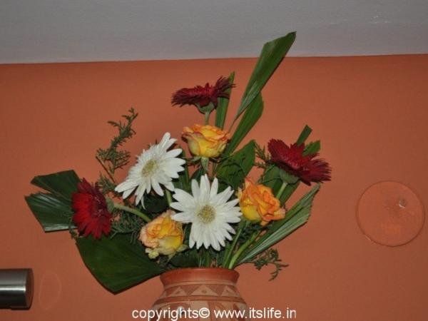 Wall Flower Arrangement