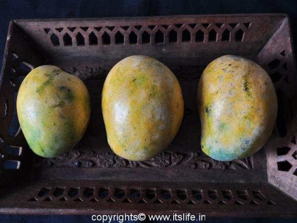 Neelam Mangoes