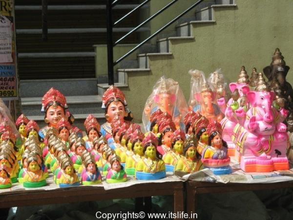 Ganesha Gowri Idols