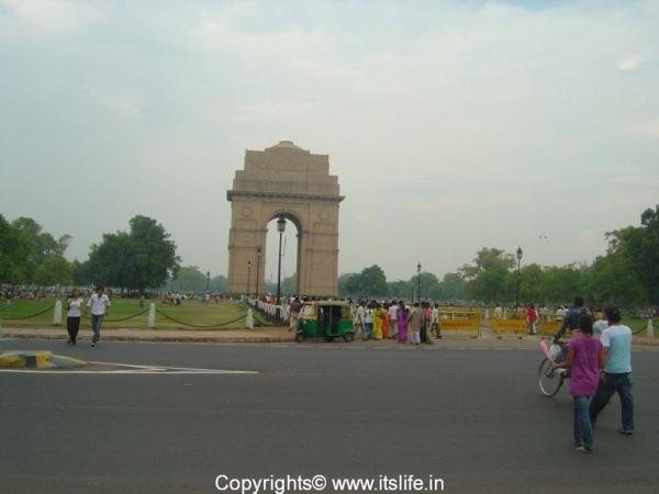 travel-delhi-india-gate-1