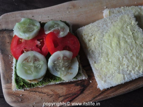 Bombay Vegetable Sandwich