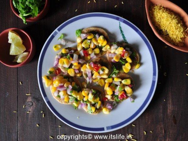 Sweet Corn Papdi Chat