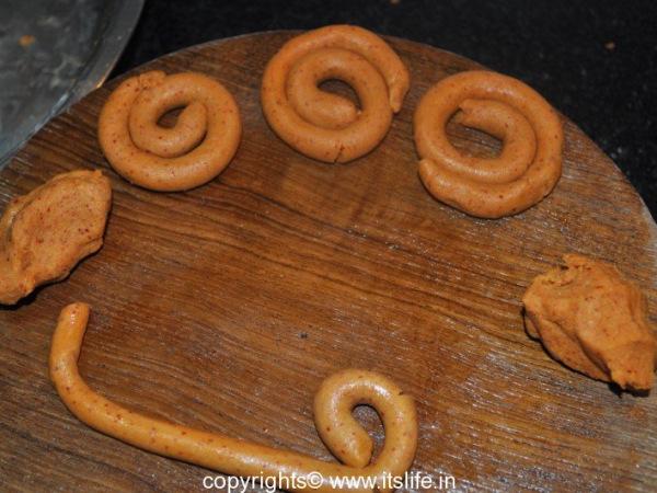 recipes-snacks-halu-kodabale-2