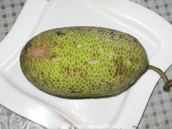 Jeegujje - Bread Fruit