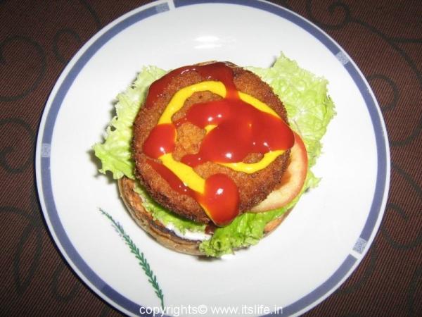 Vegetable Alu Patties Burger