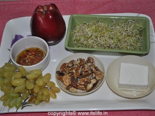 Apple Alfalfa Sprouts Salad