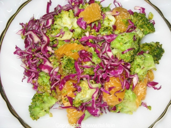 Red Cabbage Broccoli Salad