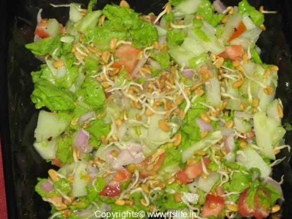 Fenugreek Sprout Salad