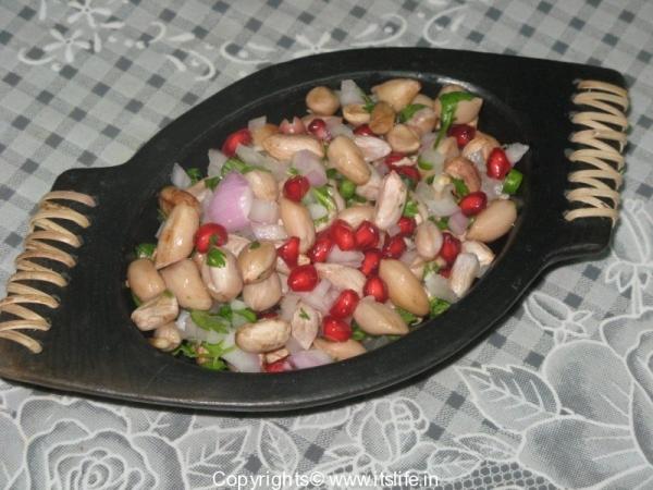 Peanuts Salad
