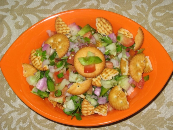 Biscuit Salad