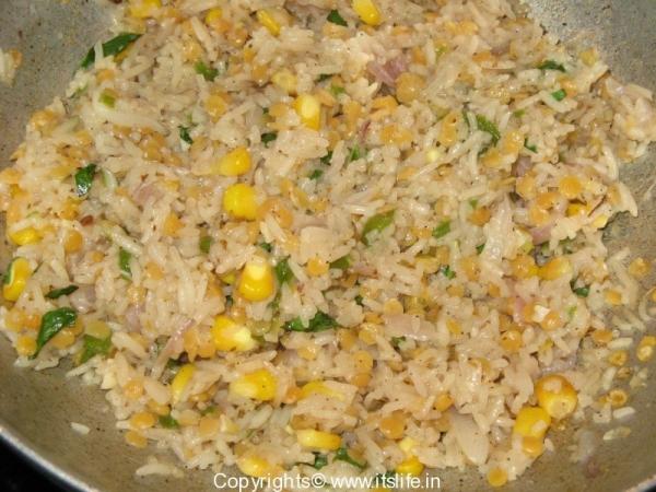 Rice and Lentils stuffed Capsicum