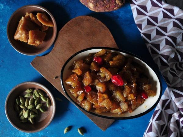 Shakkarkhand Sweet Dish