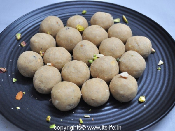 Wheat Flour Laddoo
