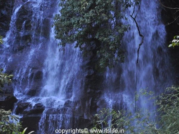 Sirimane Waterfalls