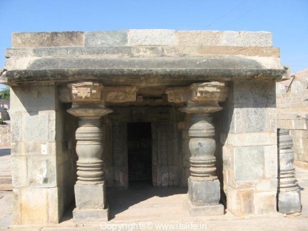 amruteswara-temple-annigeri