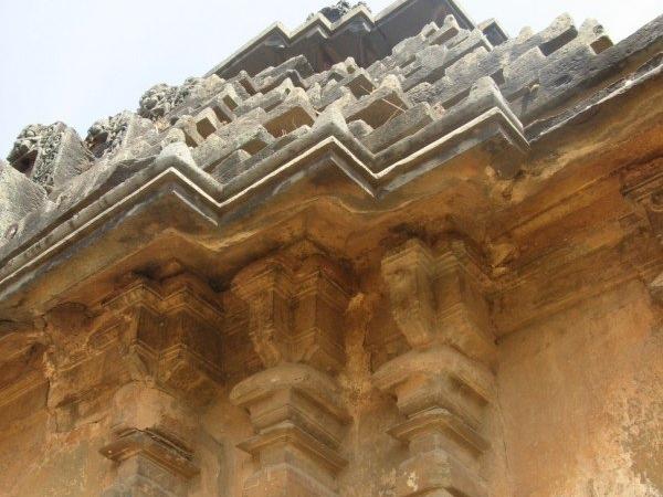 Laxmeshwar Jain Basadi