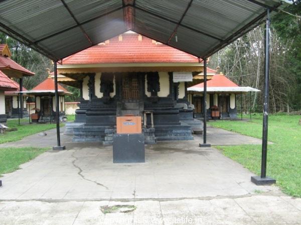 Srirama Temple, Ponkuzhi