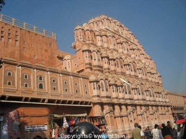 travel-rajasthan-hawa-mahal-2