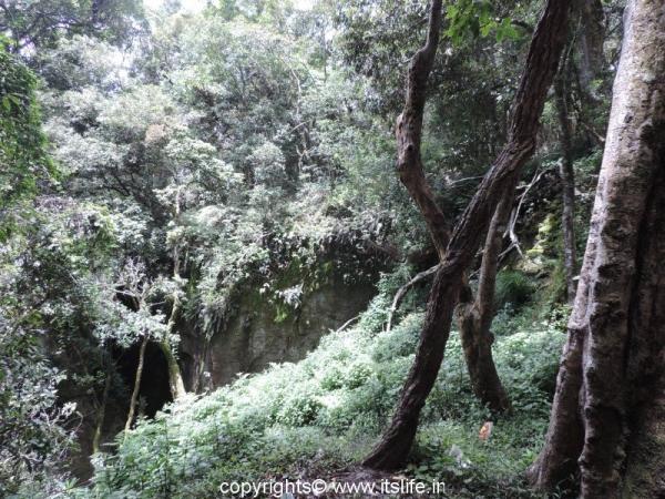 Guna Caves, Kodaikanal