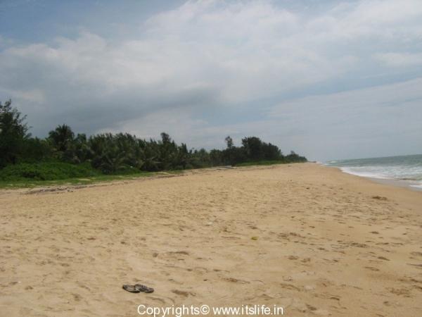 Padubidiri Beach
