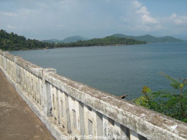 bridge-across-river-kali