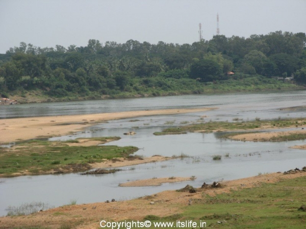 Thungabhadra River Harihar