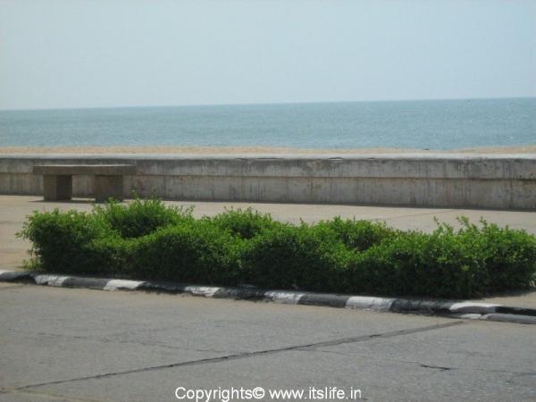 travel-pondicherry-promenade.jpg