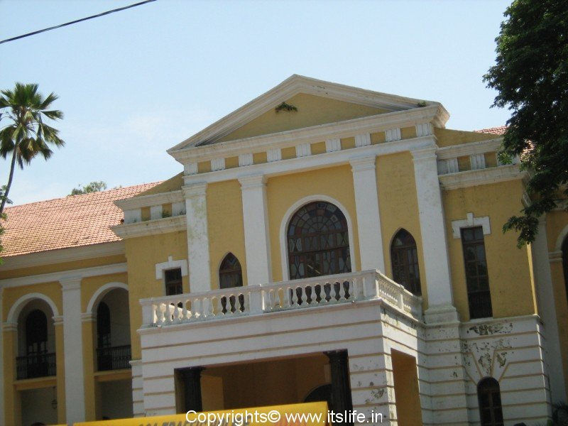 Heritage buildings of goa for Architecture design for home in goa