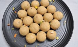 Godi Laddoo – Wheat Flour Laddoo Recipe – Atta Laddoo Recipe – Pinni Recipe