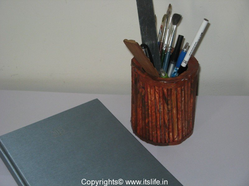 Paper Roll Pen Stand Hobby Art