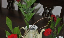 Flower Arrangement – Tea Time