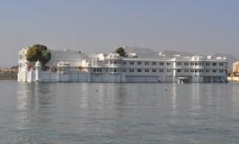 rajasthan-lake-palace-1
