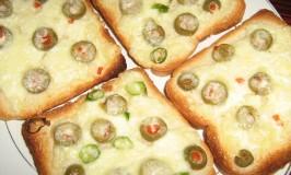 Chili Toast