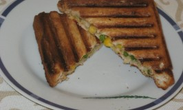 Spinach, Corn and Cheese Sandwich