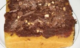 Vanilla Cake with Chocolate Icing