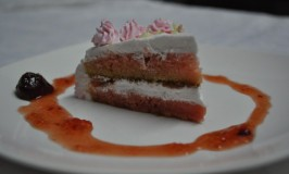 Eggless Strawberry Pastry