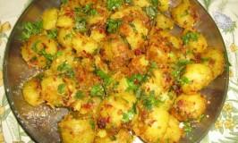 Chota Alu (Baby Potatoes) Masala