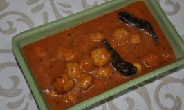 Nelli Gojju – Gooseberry Sweet and Sour Curry Recipe