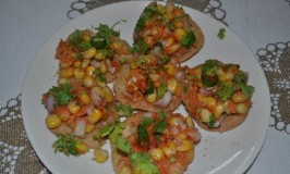 Sweet Corn Papdi Chaat