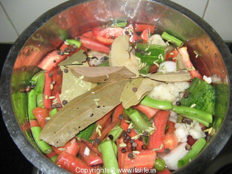 How to make Vegetable Stock | Vegetable Stock Recipe | Vegetarian ...
