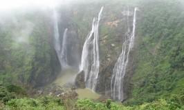 travel-jog-falls-2